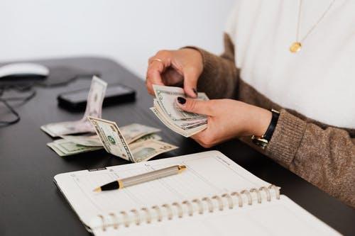 5 erros financeiros que você nunca deve cometer (e como você pode evitá-los) 6